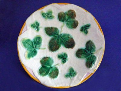 Early George Jones 'Strawberry Leaves on White Napkin' Majolica Plate c1865